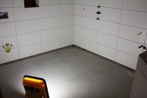 Nieuw tegelwerk in de badkamer